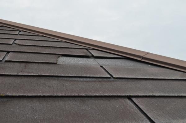 瓦屋根の雨漏り原因は?不具合ごとに適した修理方法を紹介