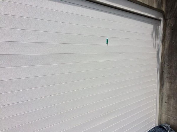 神戸市Y様邸シャッター塗り替えリフォーム