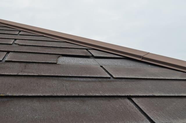 写真:雨漏りした屋根