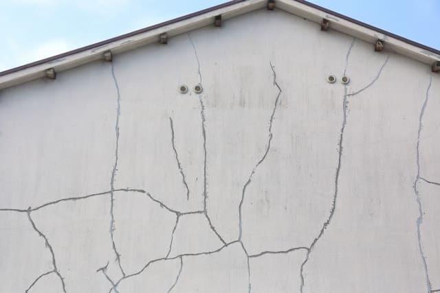 写真:外壁のクラック