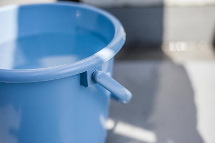 画像:バケツに溜まった水