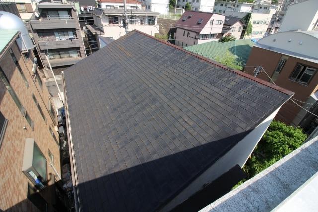 写真:片流れ屋根