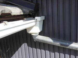 雨樋を火災保険で直せる方法とは?修理や補修にかかる費用・価格について